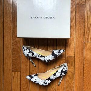👠 Banana Republic Ninah Floral Heels Sz 6.5